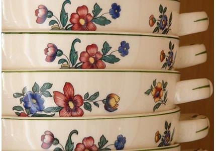 Fours peinture sur porcelaine